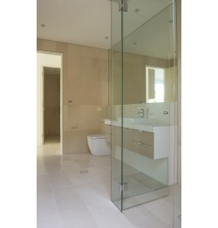 Crema Luminous Limestone Tile - Honed 600x300