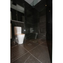 Pietra Grey Limestone Tile - Polished
