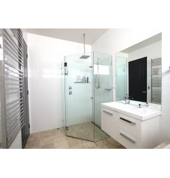 Wall Rectified Gloss White|Floor: Travertine Classico Epoxy Filled, Cross Cut, Honed, ,Medium Shade
