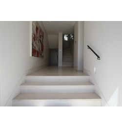 Crema Luminous Limestone Tile - Honed|Vanity:Silver Travertine