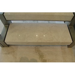 Bianca Perla Light Polished Limestone