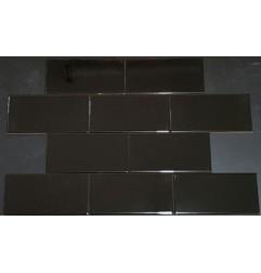 Spanish Black Gloss Non-Rectified Subway Ceramic 150x75