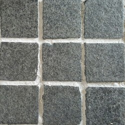 Diamond Black Flamed Straight Pattern Cobblestone Granite