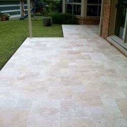 Classico Medium French Pattern Tumbled Tile Travertine