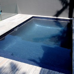 Venice- Italian Glass Mosaics Pool Tiles|On Plus System