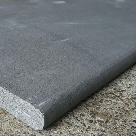 Bluestone Sawn Bullnose Step Tread