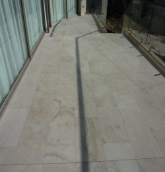 Travertine Chiaro White Tile - Cross Cut - Unfilled & Honed - Light Shade